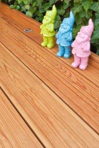 Terrassendielen aus Dauerholz