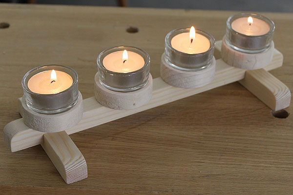 Selbstgemachter Kerzenständer aus Holz