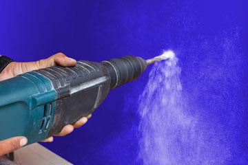 Bohren ohne Staub – So bleibt die Wohnung sauber