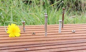 Wissensreihe Terrassenschraube (5/7): Die richtige Länge und Anzahl