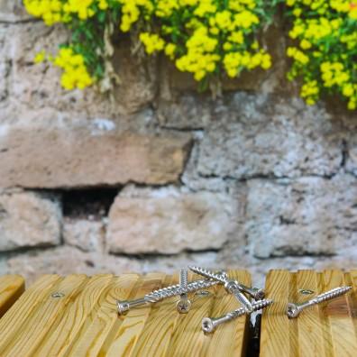 Terrassenschraube aus Edelstahl C1 - bündig eingeschraubt