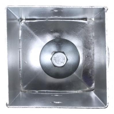 Topf der Einschlagbodenhülse von innen